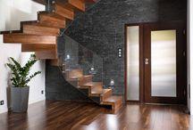 Escadas fantásticas!!! / Além de conectar um andar ao outro, a escada de qualquer casa pode representar um verdadeiro elemento decorativo e encher os olhos de qualquer família ou visita. Se você procura escadas de vidro, de metal, de madeira, ou escadas com nichos para armazenar toda a bagunça de casa, veja aqui.