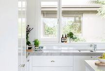 Kitchens / by Paula del Campo