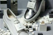 Spring footwear / by Amanda Lisa Persico