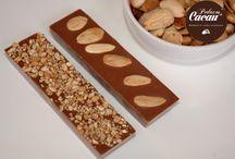Tabletes de chocolate / Informações ou encomendas: info@pedacoscacau.pt | +351 938 459 711 | www.pedacosdecacau.pt