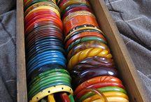 Vintage bakelite smycken
