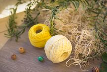 Crocheted beads (and) jewelry / Crocheted beads, crocheted jewelry and yarn