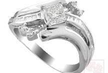 Wedding Engagement Rings / by Susan Denham