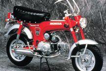 Honda Dax / Motorräder