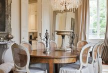 Classic & Traditional Rooms / by Evi .