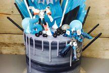 Transformer drip cake