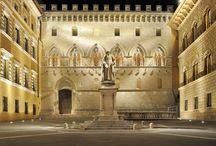 Piazza Salimbeni / La sede storica del Monte dei Paschi di Siena. Un piccolo gioiello !!