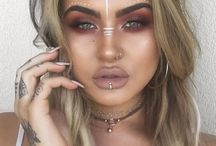 Trending Coachella Bohemian Afro Punk Festival Style / What's Trending Today has the most popular trending news items and current discussion topics on social media and storifies them for you. www.whats-trending.today