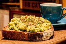 To Try - Breakfast / by Mandy Pepper-Yowell