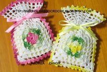 saquinhos perfumados de crochet