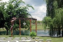 Wedding - Venues / Collection of possible wedding venues / by Macie Hummer