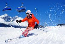 """Tábor na lyžiach a boardoch! / Zima a sneh - to nie je des a už vôbec nie v Tatrách na Pohoďáku. Opäť sme pre Teba pripravili niečo nové - """"snow paradise"""" v podaní Slniečka na zasnežených svahoch s výhľadom na Lomnický štít. Zabudni na každodenné cliché zo školy a zaži to!!! Lyžovačka vs. Bordovačka a je len na tebe, čo si vyberieš. Ak prídeš na tábor s doskou v ruke, tak zabojuješ za team mamutov.  Ak balíš lyže, ideš za vyžle. Prvý ročník zasneženého Pohoďáku štartuje už túto zimu."""