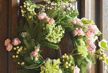 Wreaths / by Cindy Lodermeier