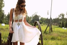 Festival Fashion Favorites / Outfit inspiration for festival season