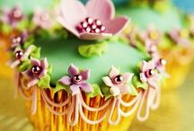 cupcakes. / by Coconut Amore