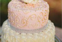 cake / by Stephanie Aponte