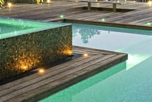 WATER / Elements surrounding pools, spas and water features for exterior installations.