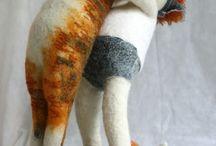 Dolls, Puppets & Sculptures