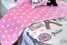paris bedroom for girl