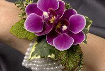 Flower wrist corsages I love