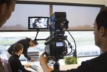 Bedrijfsfilm / De ultieme bedrijfsfilm  Bent u op zoek naar een professioneel videoproductiebedrijf dat in staat is om een verpletterende indruk achter te laten op uw potentiële klanten? Dat de kracht van uw bedrijf als geen ander in een strakke bedrijfsfilm volledig laat terugkomen? Dan zijn we u graag van dienst!