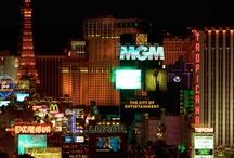 Las Vegas Travel / by Hugo Talk