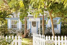 Picket Fence Cottages / Outside cottage decor