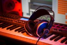 Kursus les produksi musik elektronik