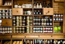Bares, cafés, restaurantes especiales / Lugares especiAles para tomar algo