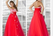 All Things Quince / From dresses to decorations, your one stop to plan everything on your quinceañera