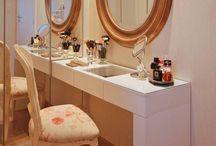 Penteadeira / Esse móvel reúne funcionalidade e beleza, trazendo mais charme ao ambiente!