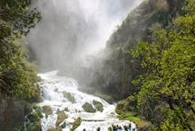 Water, Park and Falls: Nature in Umbria / Marmore Falls: when man and nature cohexist in perfect harmony. Terni