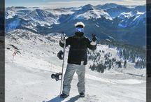 Lugares para esquiar en el mundo / Tal vez hayas visto o escuchado que algunos de los mejores lugares del mundo para #esquiar se encuentran en los #Alpes, los #Andes y las #Rocallosas, aquí te mostramos esos lugares y otros que posiblemente no conocías.