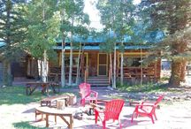 Bear Run / Our cabin is best known for its rustic elements and yet it boasts of sophisticated charm! Located on the edge of town and yet the cabin is secluded with an outdoor sitting area and a fire pit for those beautiful evenings spent under the stars.