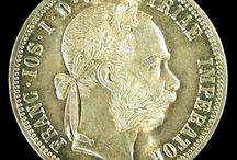 World Coins / Originating in England, London Coin Galleries has always traded in foreign coins. Spanning the centuries and the globe, LCGON's foreign coin inventory provides an interesting way to travel through time and space.