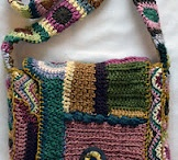 Becoming obsessed with crocheted purses and bags... / I love crochet and yarn so much I want to carry it around with me