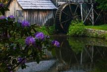 Mills and Windmills / by Miriam Perez
