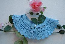 Colletto di cotonne azzurro