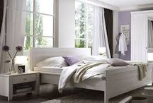 Design Möbel / Wohnen mit Klassikern hat wunderschöne Einrichtungsideen und Raumausstattungen. Ein modernes Design und Designermöbel, die von Pantone Farben inspiriert sind. Verschiedene Stilrichtungen vom Skandinavischen Design bis zum Minimalistischen Design wird alles vertreten. Hier finden Sie echte Luxusmöbel!  Sehen Sie Designermöbel Stücke