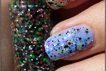 PolishGalore: Glitter Daze / Blog posts on Glitter Daze
