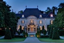 Architecture & Amazing Abodes
