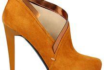 divine feminine. shoe affair