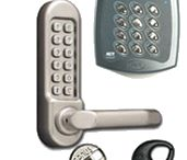 Best Locksmith Orlando / Best Locksmith Orlando Are you looking for locksmith Orlando services? Look no further, because you've come to the right place. We offer the full range of services from key cutting, door lock installation and lock repair to lock picking, lock re-keying and emergency road assistance. Our professional and well-trained staff is ready to help you with your problem, be it residential, commercial or automotive-related.