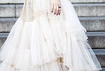 dresses / by Coisas da Doris