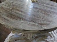 Restoration furniture painting