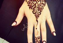 henna simple hand