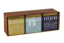Idei de cadouri: Cafea / O selectie de cafea aromata poate fi un cadou potrivit pentru o vizita la prieteni.