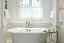 Bathrooms / by Diane Shofner