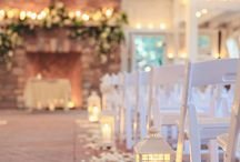 Tying the knot in Winter / Winter weddings don't have to be cold at all..! Have a look through these ideas to make your wedding warm and beautiful.