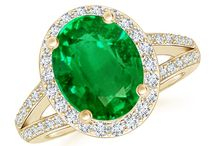 Diamond Halo Emerald Split Shank Ring